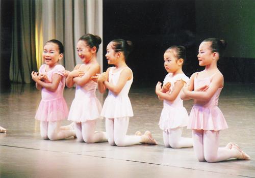 第一回 バレエスタジオレーヴ発表会05